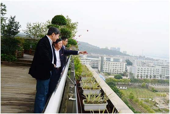陈进率团访问湖南和福建两省植物园